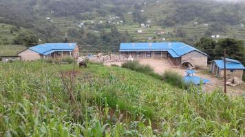 2017 Twee klaslokalen afgebroken na moessonschade